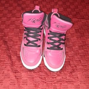 Shoes - Pink basketball jordans